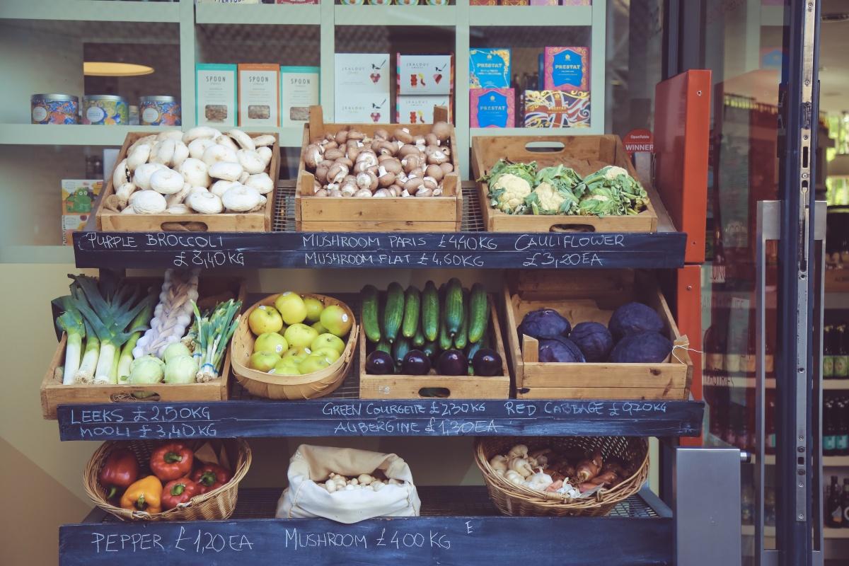 Jak przejść na weganizm i nie umrzeć?   Białko, żelazo, wapń, cynk, omega-3, jod, B12, D.